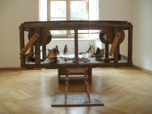 2012 Diplomová práce Trofeje - instalace (z výstavy Galerie u Dobrého pastýře) (2)